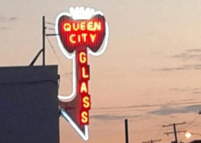 Service-Queen-City-Glass-Sign